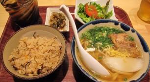 沖縄リパブリック 談四朗キッチンのそばセット