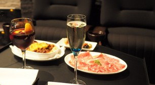日本初のレストラン型映画館が登場!さっそく理想のデートを妄想してきたよ!